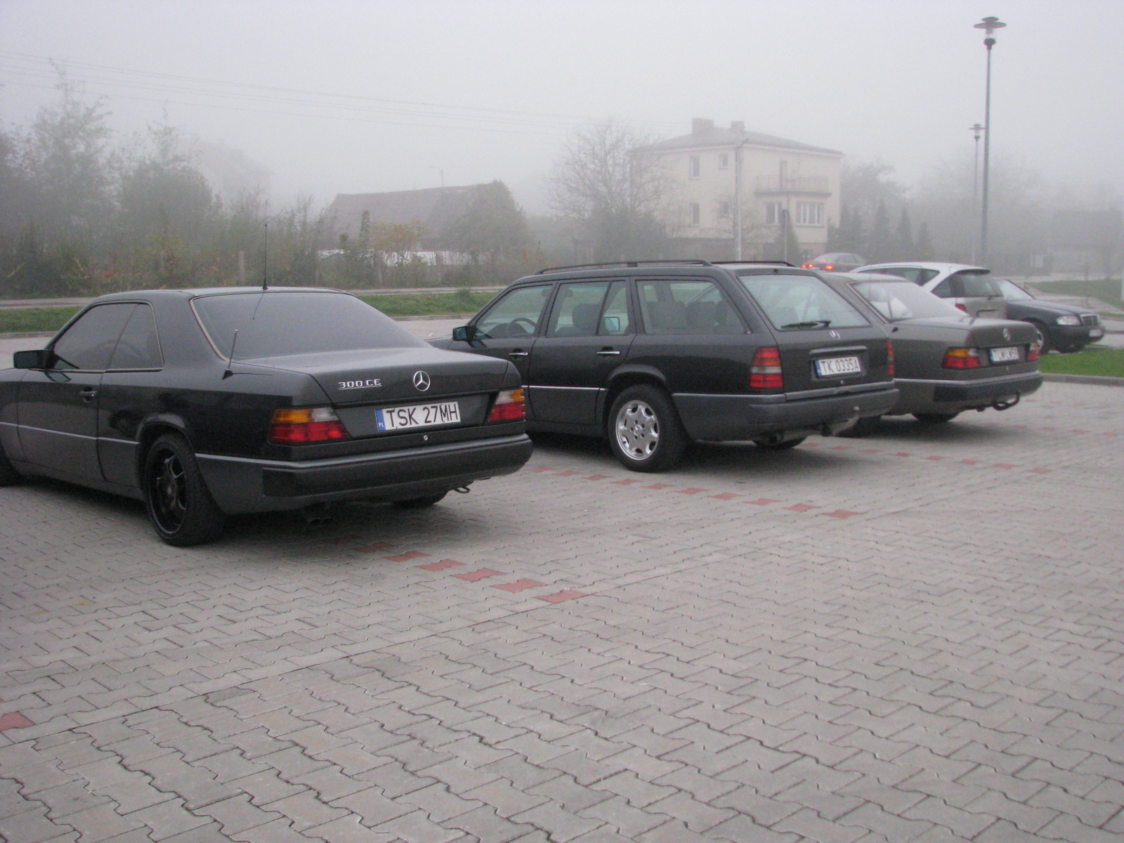 http://124coupe.pl/hosting/images/img000bnb.jpg