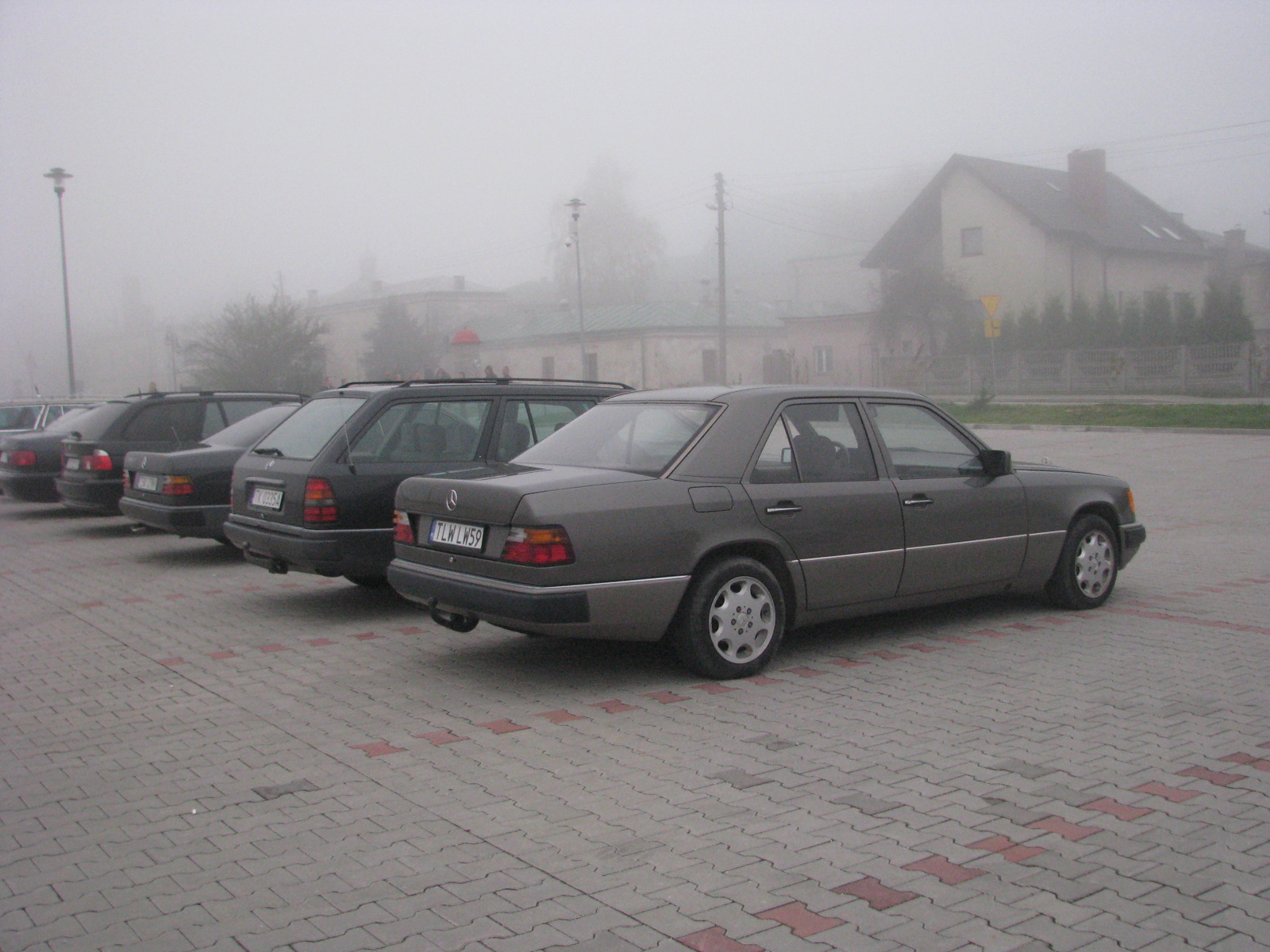 http://124coupe.pl/hosting/images/img000lol.jpg