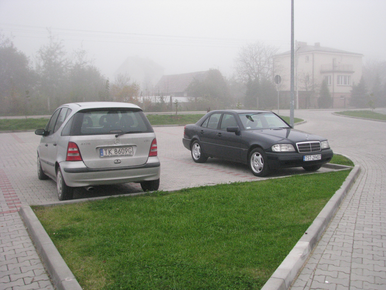 http://124coupe.pl/hosting/images/img001apa.jpg