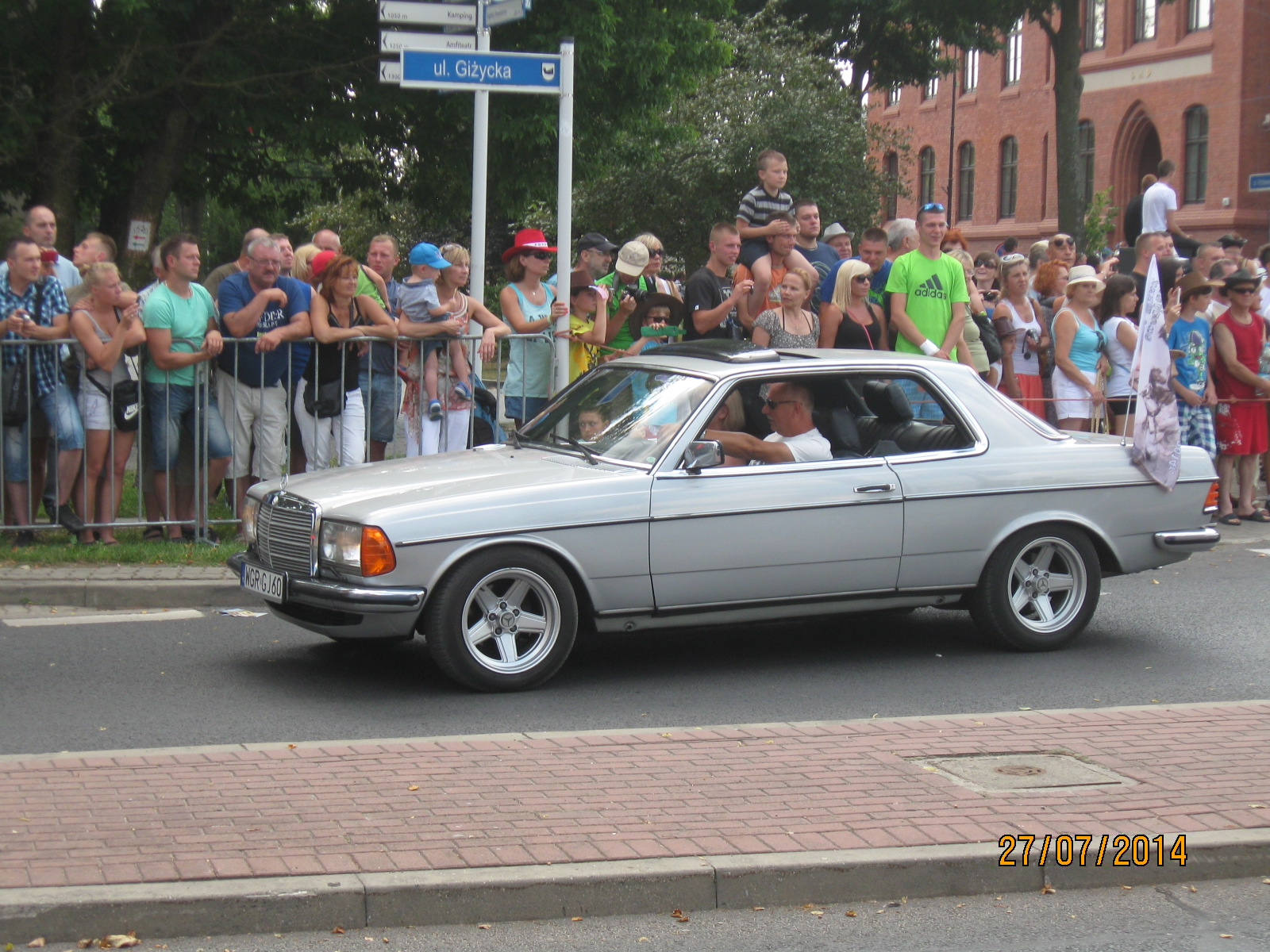 http://124coupe.pl/hosting/images/img2841.jpg