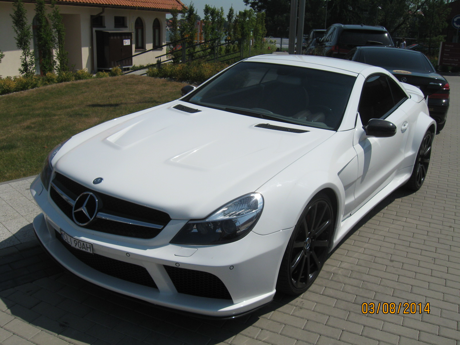 http://124coupe.pl/hosting/images/img3000.jpg